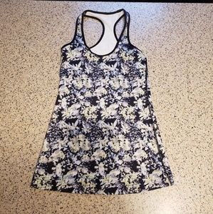 Lululemon SZ 4 Floral Athletic Top